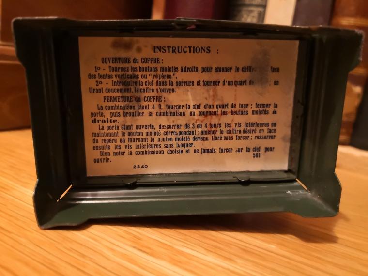 Tirelire coffre-fort JEP : détail instructions.